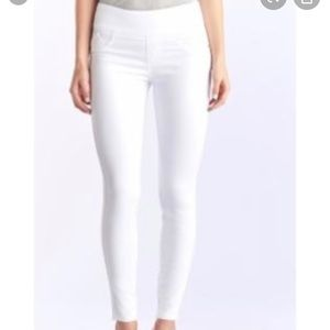 Rock and republic skinny jeans FEVER